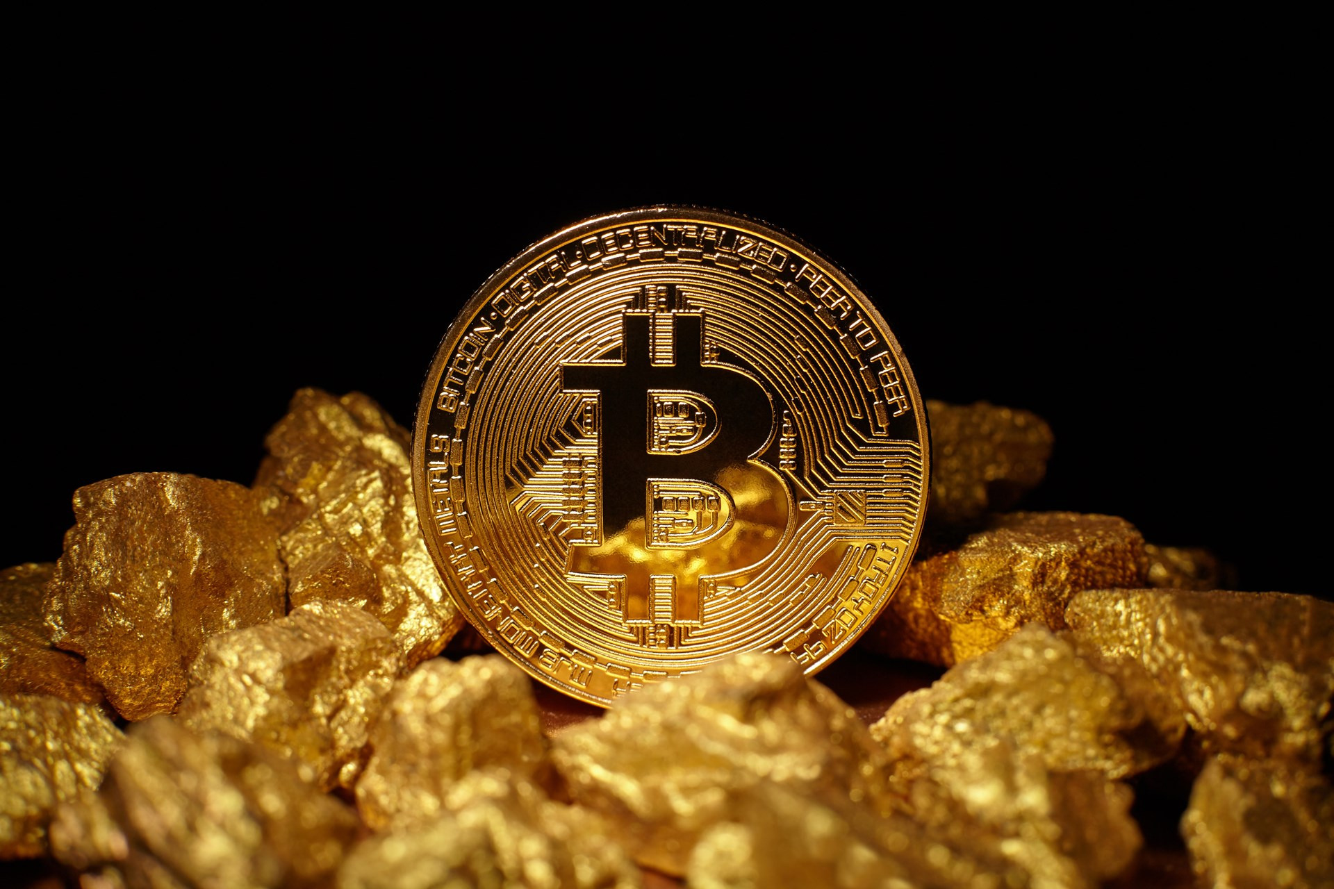 Bitcoin-Rises-to-5775-and-the-Drop-Gold-Campaign-Gains-Traction-