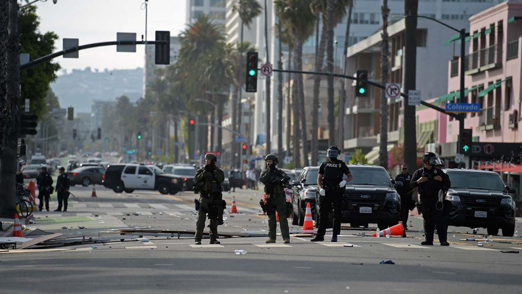 Riots and Looting Cause Curfews Across Los Angeles, Beverly Hills, and more 222